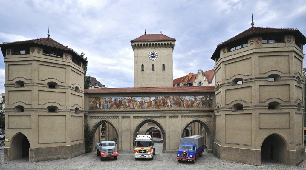 150724_MAN_Anniversary_60Years_Munich_Plant_RU 06.jpg