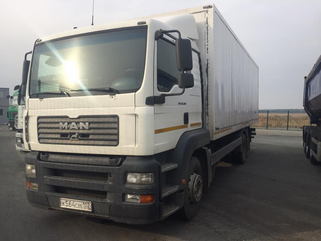 TGA 26.390 6×2-2 BL-WW (надстройка фургон)