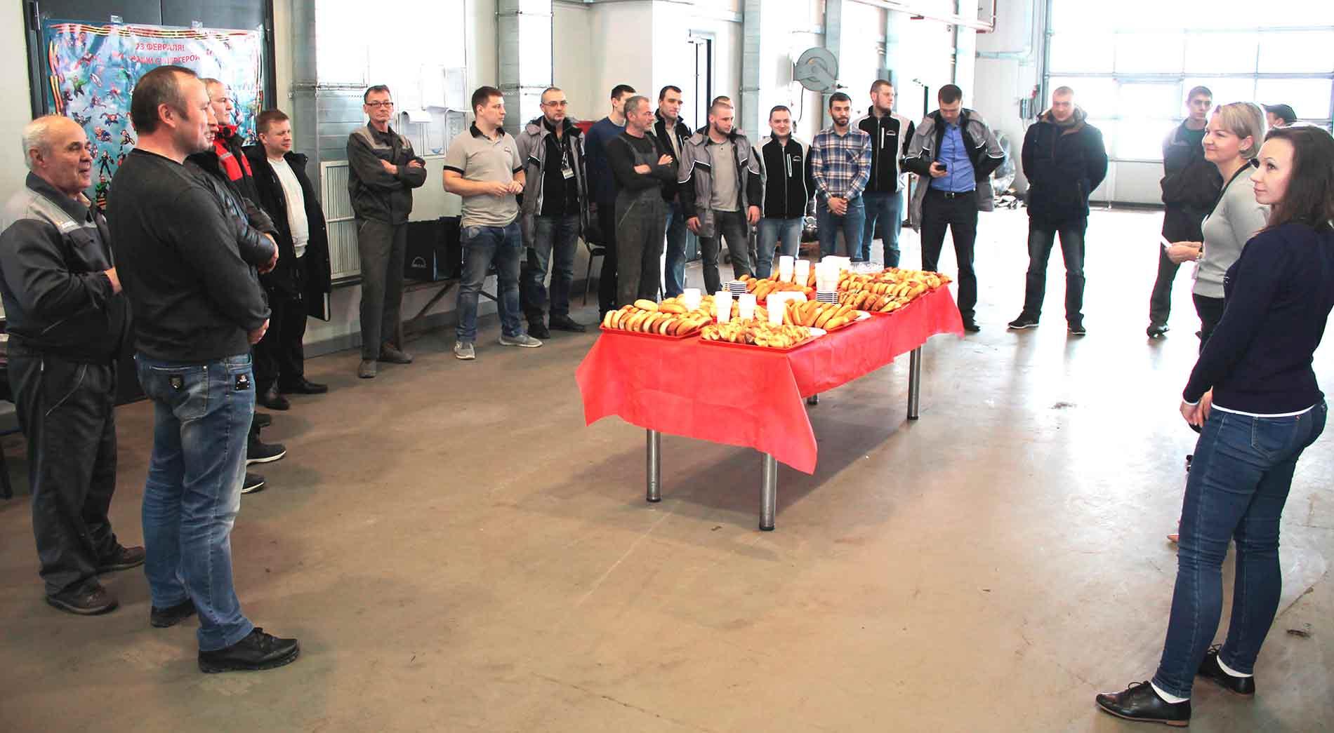 В пятницу на нашей станции MAN состоялся праздничный обед, посвященный  «Дню защитника Отечества»!